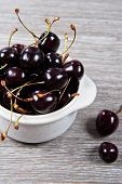 picture of black-cherry  - Close up of a bunch of black cherries - JPG