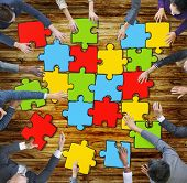 Jigsaw Puzzle Brainstorming Business Reaching Thinking Strategy Concept