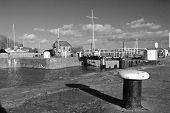 Mono Lydney Harbour