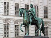 Franz Josef II. Statue