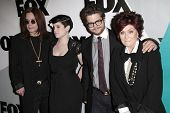 LOS ANGELES - JAN 13: Ozzy Osbourne, Kelly Osbourne, Jack Osbourne and Sharon Osbourne at the Fox Wi