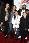 LOS ANGELES - FEB 10: Martin Lawrence and family at the Los Angeles premiere of 'Big Mommas: Like Father, Like Son' at the Cinerama Dome in Los Angeles, California on February 10, 2011