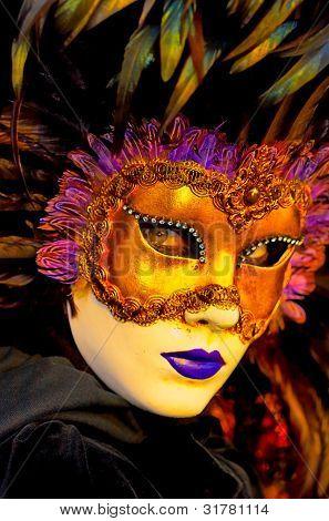 Постер, плакат: традиционная маска Венеции с красочные украшения, холст на подрамнике