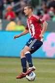 CARSON, CA. - 1 de junio: Chivas USA D Heath Pearce #3 durante el partido de la MLS entre Vancouver Whitecaps &