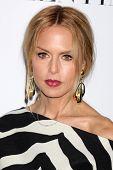 LOS ANGELES - 27 de MAR: Rachel Zoe llega en la inauguración de Beverly Hills de Valentino en el San Valentino