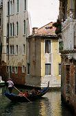Pequeno Canal em Veneza