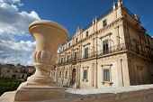 baroque buildings in Noto
