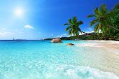 Strand von Anse Lazio auf Praslin Island, Seychellen