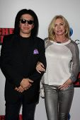 LOS ANGELES - OCT 2:  Gene Simmons, Shannon Tweed at the