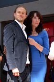 LOS ANGELES - SEP 9:  Charlie Hunnam, Katey Sagal at the Katey Sagal Hollywood Walk of Fame Star Cer