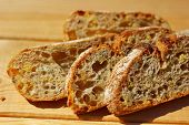 pic of whole-grain  - Sliced whole - JPG