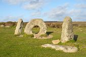 picture of megaliths  - Men - JPG