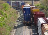 Dois trens de carga