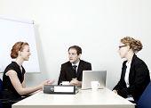 Business-Team mit eine Sitzung
