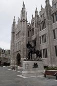 foto of william wallace  - headquarter of the aberdeen city council in scotland - JPG
