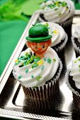 ST Patty's Day Cupcake with Figure