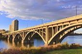 Pôr do sol na ponte