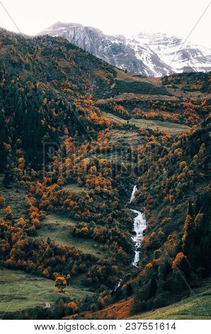 Rocky Mountain With Schleierfall Waterfall