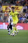 VALENCIA, Spanien - 10. APRIL: Joan Oriol in der spanischen Fußball-Liga zwischen Valencia c.f. Vs Villa