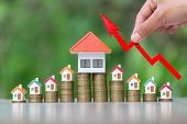 Arrow For The Beginning Of Investment. House Models. Home Model And Arrow Graph With Growing. Busine poster