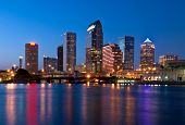 Downtown Tampa Florida Skyline bei Nacht