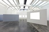 picture of exposition  - empty frames in gallery - JPG
