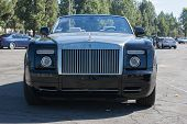 Rolls-royce Phantom Drophead Coupe At The Super Car Sunday Corvette