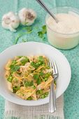 penne pasta with zucchini and peas