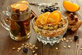 Muesli with oranges and pistachios