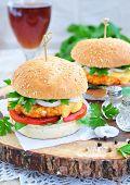 pic of beef-burger  - Hamburger  - JPG