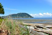 picture of off-shore  - Pillar Point Park in Washington State is located off Highway 112 on the Straight of Juan de Fuca.  ** Note: Soft Focus at 100%, best at smaller sizes - JPG