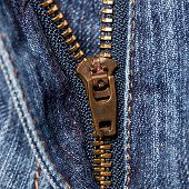 jeans with zipper