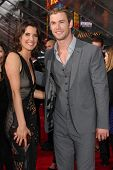 LOS ANGELES - APR 11:  Cobie Smulders, Chris Hemsworth arrives at