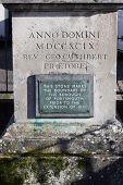 Portsmouth boundary marker