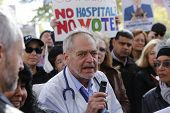 Dr Jon Berall of Concerned Physicians of LICH