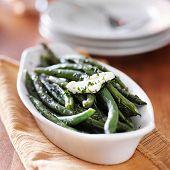 green beans in butter herb sauce