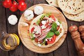 foto of rocket salad  - Piadina romagnola - JPG