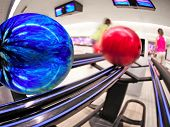 Bowling balls on return at alley