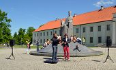 Musician Play Instruments Sing Mindaugas Sculpture