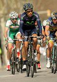 BARCELONA-, el 24 de marzo: José Herrada Movistar Team paseos durante el Tour de Cataluña ciclismo carrera th