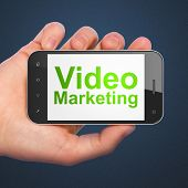 Concepto de negocio: Video Marketing en smartphone