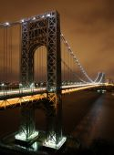 Gw_bridge_at_night_vertical