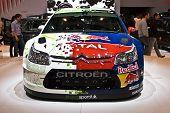 Genebra - 7 de março: Carro de corrida de rally de Citroen na 79 International Motor Show Palexpo-Genebra no Ma