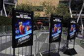 LOS ANGELES - 12 de junho: Turbo, cartaz no concerto Turbo-Charged partido e Surpise pop-up no Los Angeles Li
