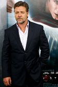 NEW YORK-JUNE 10: Actor Russell Crowe attends the world premiere of