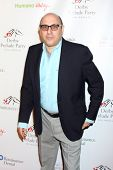 LOS ANGELES - 9 de JAN: Willie Garson na festa