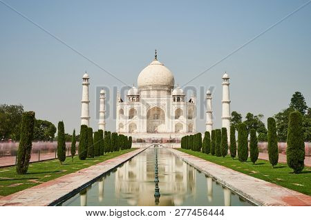 Sunny Day In Agra India