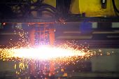 Plasma cutting CNC machine