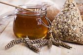 Miel y variedad de pan
