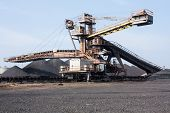 Iron Ore Crusher Machine.